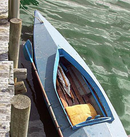 need advice concerning an old canvas kayak